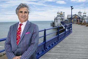 Sheikh Abid Gulzar on Pier image on Bournefree Live news website