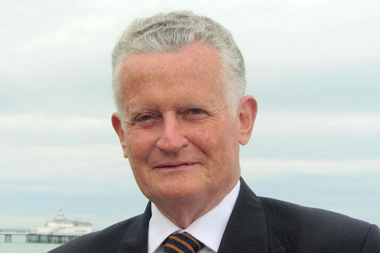 Councillor Robert Smart image on Bournefree Live news website