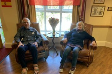 Eastbourne couple enjoy virtual holiday in Benidorm 48 years after honeymoon on Bournefree website