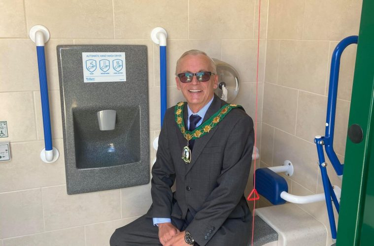 New public toilet in the High Street is opened by Polegate Mayor on Bournefree website