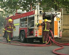 Fire service scraps electric blanket safety checks over covid fears on Bournefree website