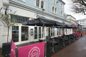 Plan to turn former Zizzi site in Eastbourne into venus selling 'late night refreshment' until 12.30am on Bournefree website