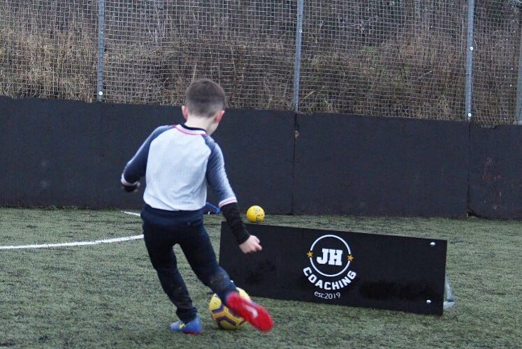 Eastbourne Rangers Youth and Mini Rangers sign deal with JH Soccer Coaching on Eastbourne Bournefree website
