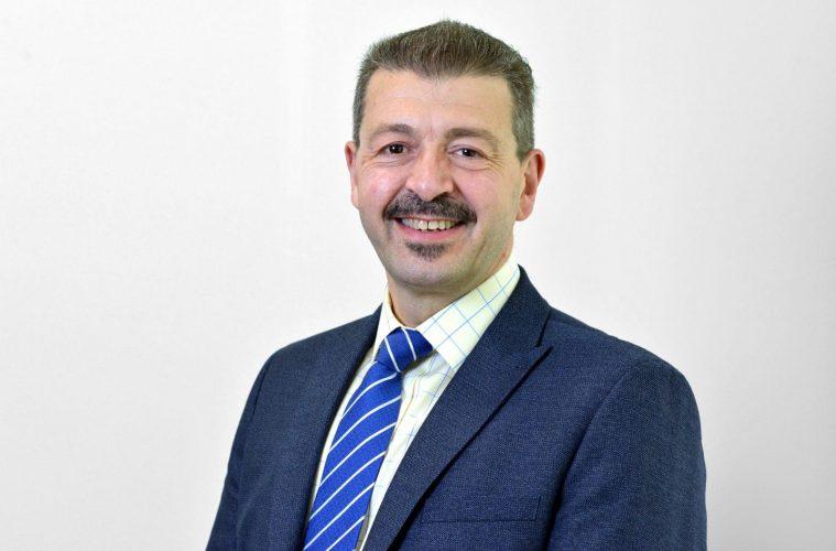 SECAmb thanks retiring Director of Operations Joe Garcia from Eastbourne on Eastbourne Bournefree website