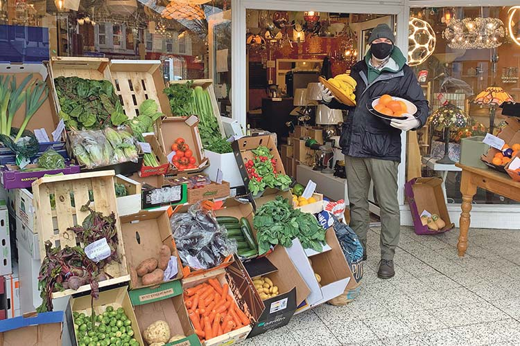 Meet the new fruit and veg man down Seaside: Pay him a visit! on Eastbourne Bournefree website