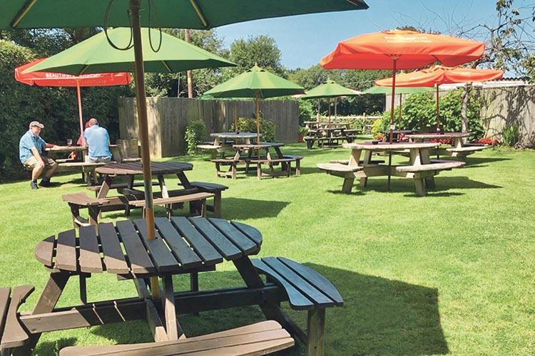 The Old Oak Inn Beer Garden on Bournefree Live news website