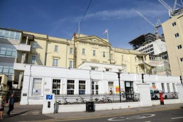 Drunk and disorderly man in Eastbourne admits spitting and abuse at hospital on Eastbourne Bournefree website