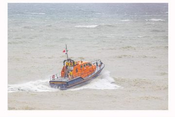 Eastbourne RNLI searches for missing person 'between Sovereign Harbour and Birling Gap' on Eastbourne Bournefree website