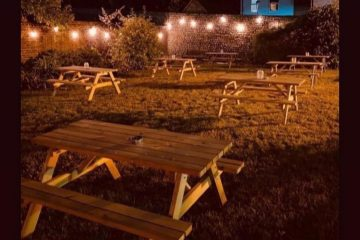 Eastbourne pub to stage movie night in beer garden on a huge screen on Eastbourne Bournefree website