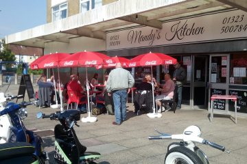 Mandy's Kitchen - Cafe in Hampden Park is supporting Dementia Week on Eastbourne Bournefree website
