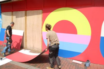 New piece of Eastbourne's Urban Art now complete outside the former TJ Hughes building on Eastbourne Bournefree website