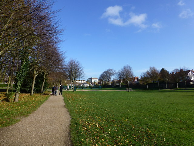 Police continue to patrol Gildredge Park this week on Eastbourne Bournefree website