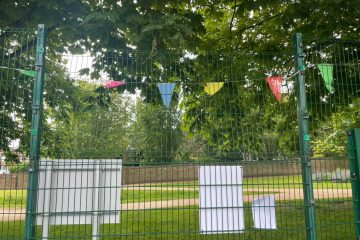 Mindless vandals attack the Old Town tennis courts on Eastbourne Bournefree website