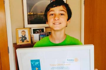 Amazing Oliver receives award from Sovereign Harbour Rotary Club on Eastbourne Bournefree website