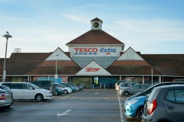 Tesco accused of 'double standards' for most staff not wearing masks on Eastbourne Bournefree website