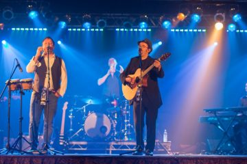 Power Ballads, Rock Anthems and a Touch of Nostalgia Raise the Roof of the Bandstand on Eastbourne Bournefree webssite
