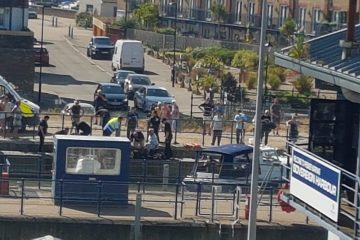 Illegal migrants pour into Sovereign Harbour this afternoon on Eastbourne Bournefree website