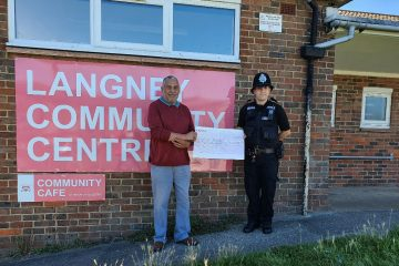 Police donates £1,000 from county lines operation to Eastbourne's Volunteers Network on Eastbourne Bournefree website