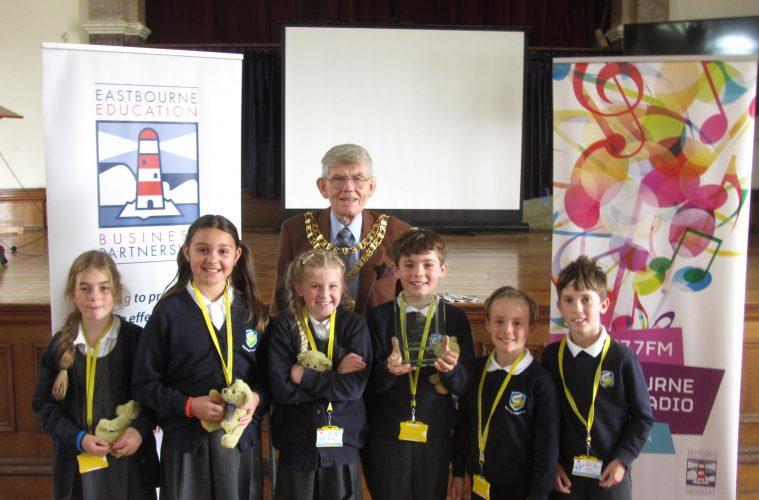 Enterprising Pupils Complete 'Christmas Market' Challenge on Eastbourne Bournefree website
